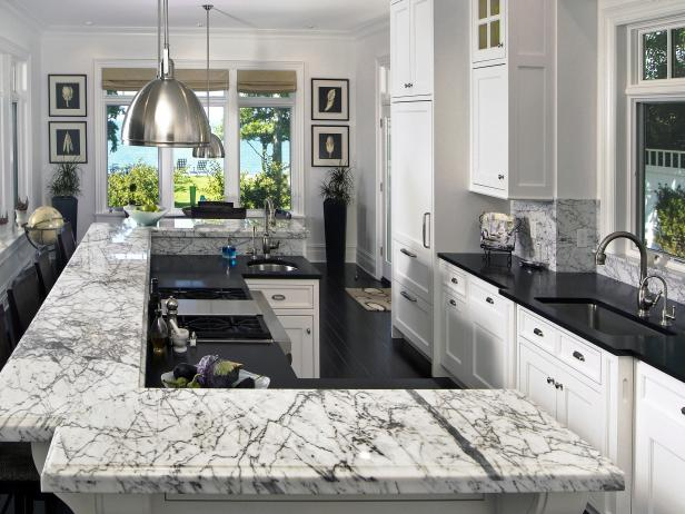 Marble countertops: A hit or miss for your kitchen architecture