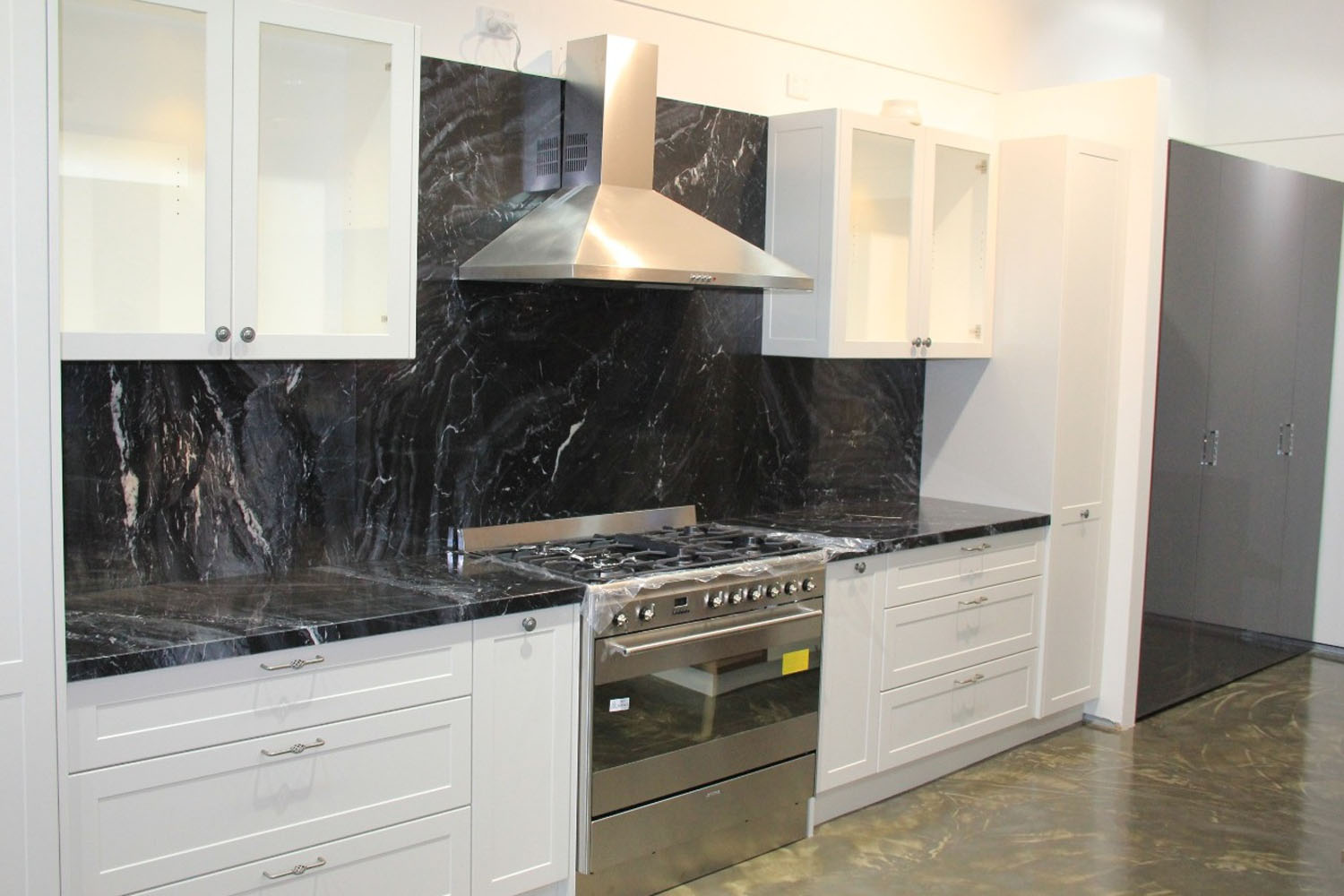 Kitchen ergonomics and height of your marble countertop