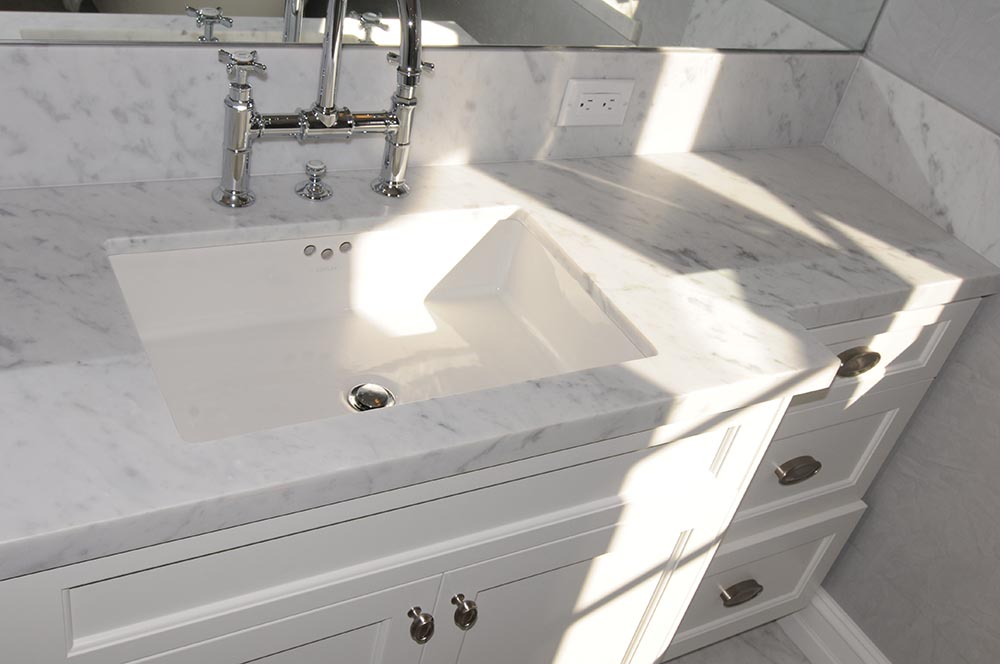 White Marble Vanitytop