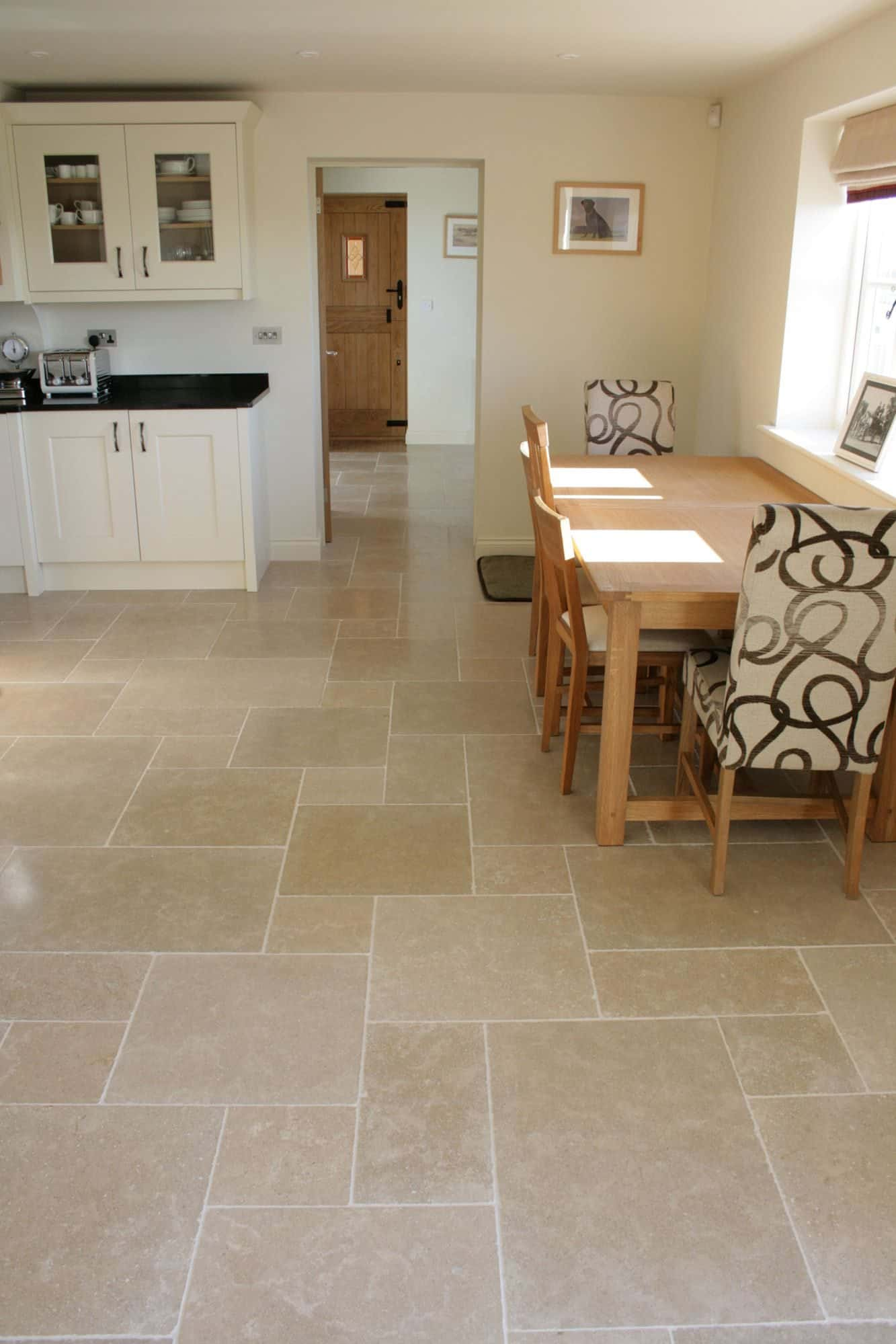 Limestone suppliers for having a feature rich tile product